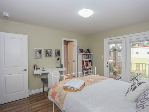 574 Piccadilly Duplex - Back 2 Bed